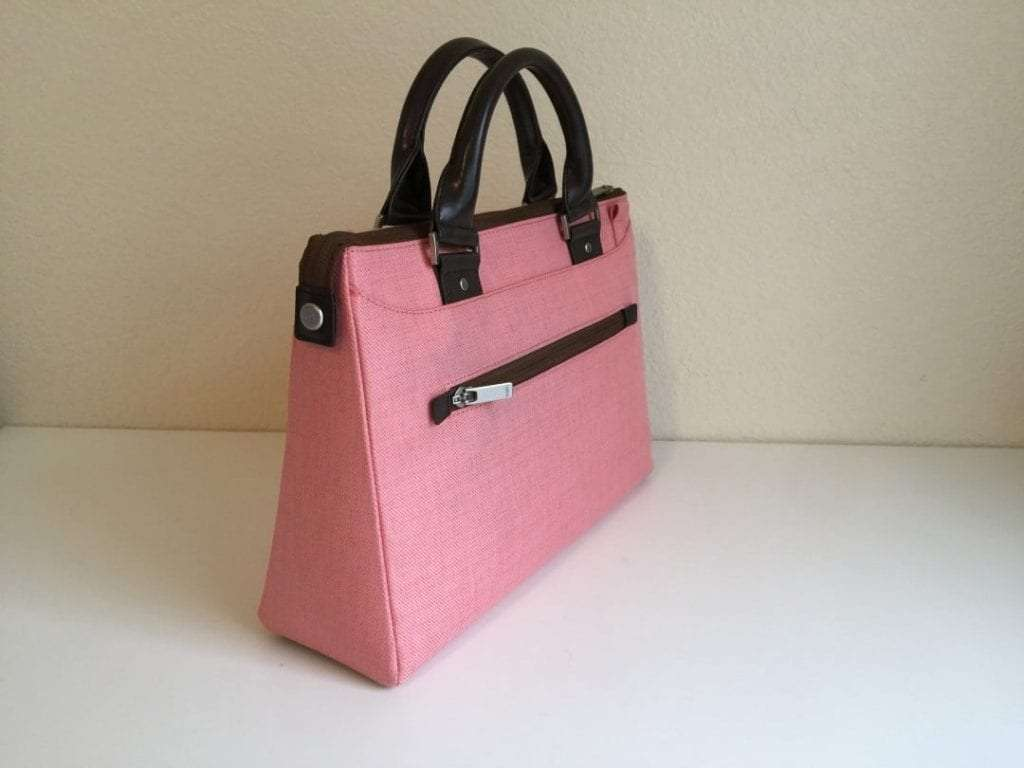 Moshi Urbana Mini in Coral Pink REVIEW