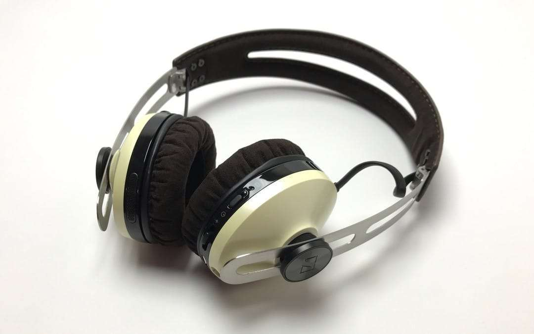 Sennheiser Momentum On-Ear Wireless Headphones REVIEW ...