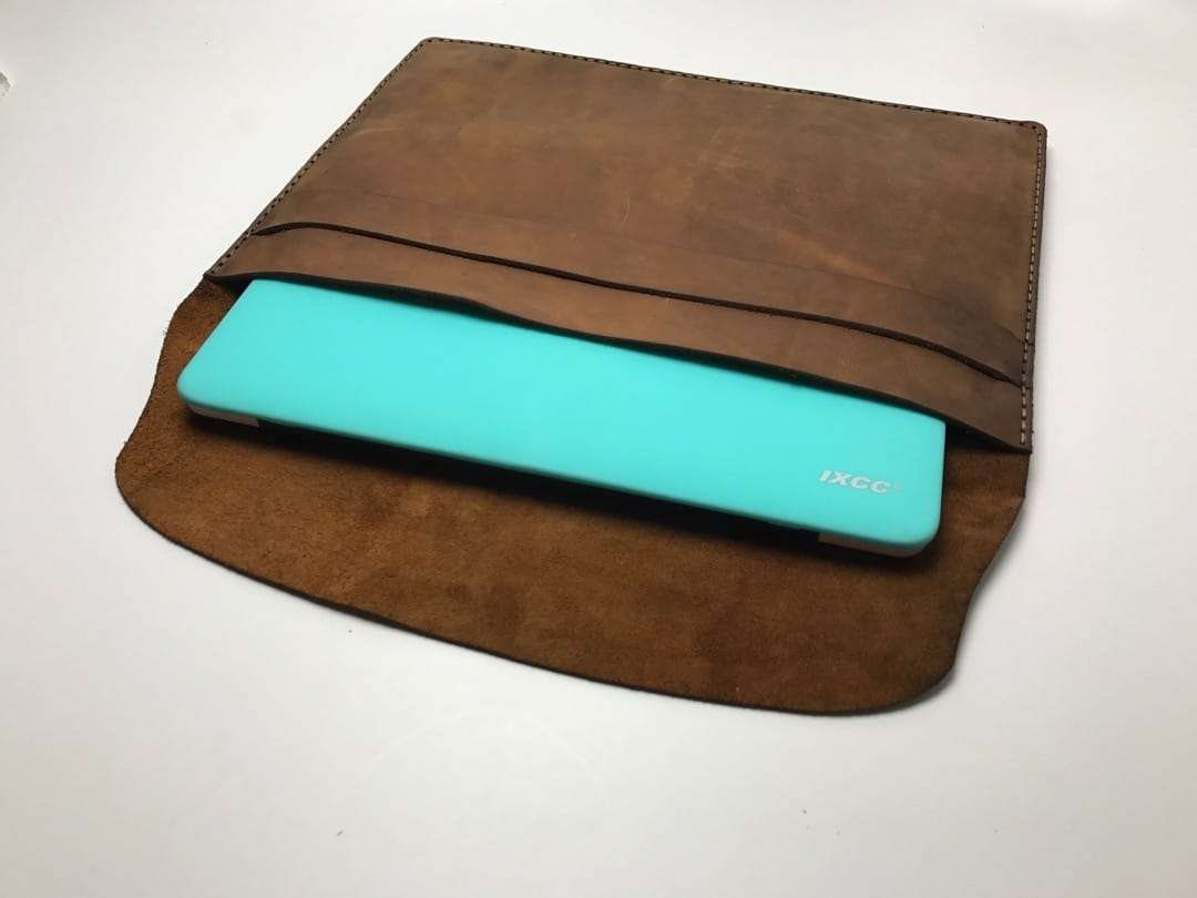 Galen Leather MacBook Sleeve REVIEW