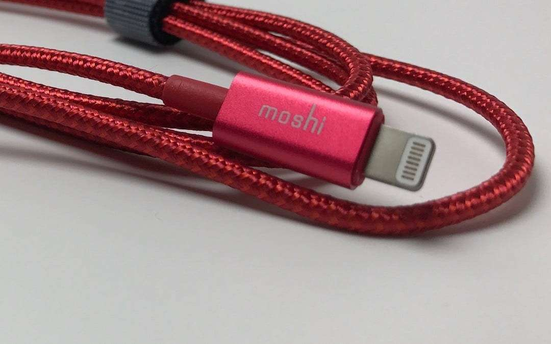 Moshi Integra USB-A to Lightning Charge and Sync Cable REVIEW