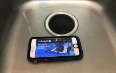 Catalyst Case for iPhone 7 REVIEW Waterproof and Protective.