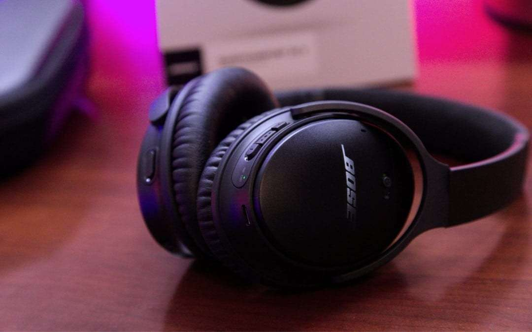Bose QuietComfort 35 wireless headphones II REVIEW Light Weight and Amazing