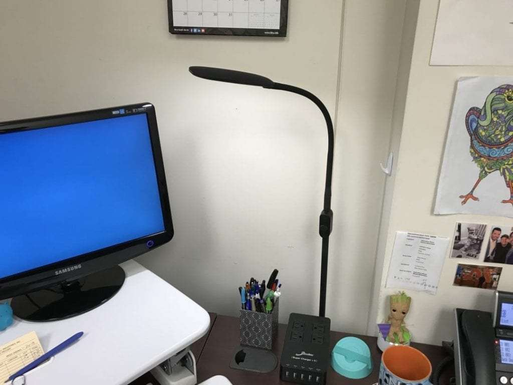 AUKEY Adjustable LED Floor Lamp REVIEW