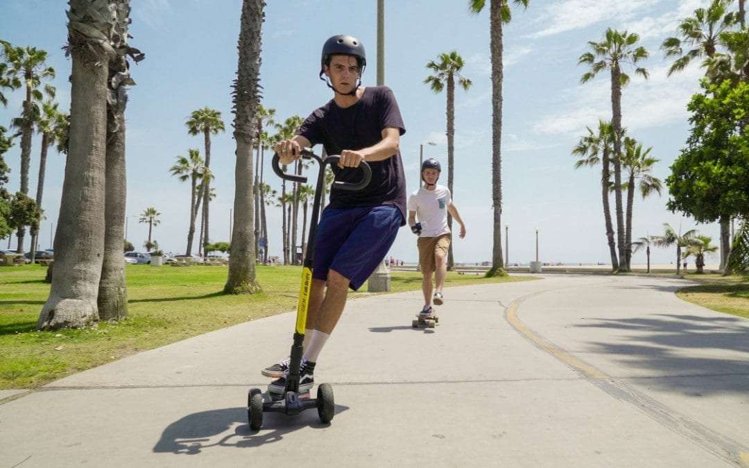 Cali Drift Blurs the Line between Skateboard and Scooter NEWS