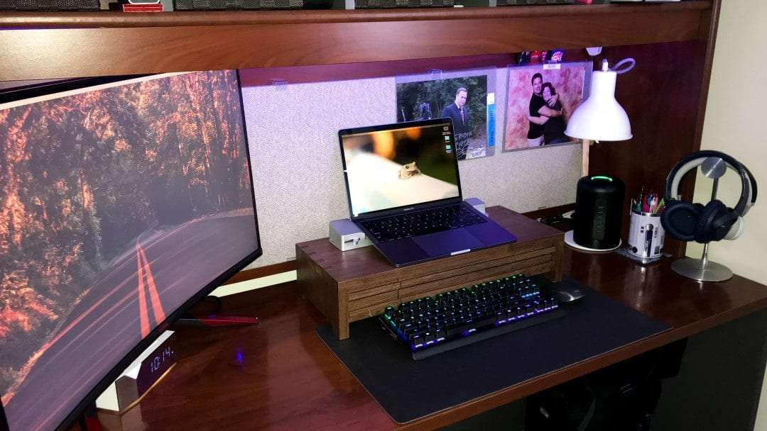 PLANET 6 Walnut Monitor Stand by Understands REVIEW