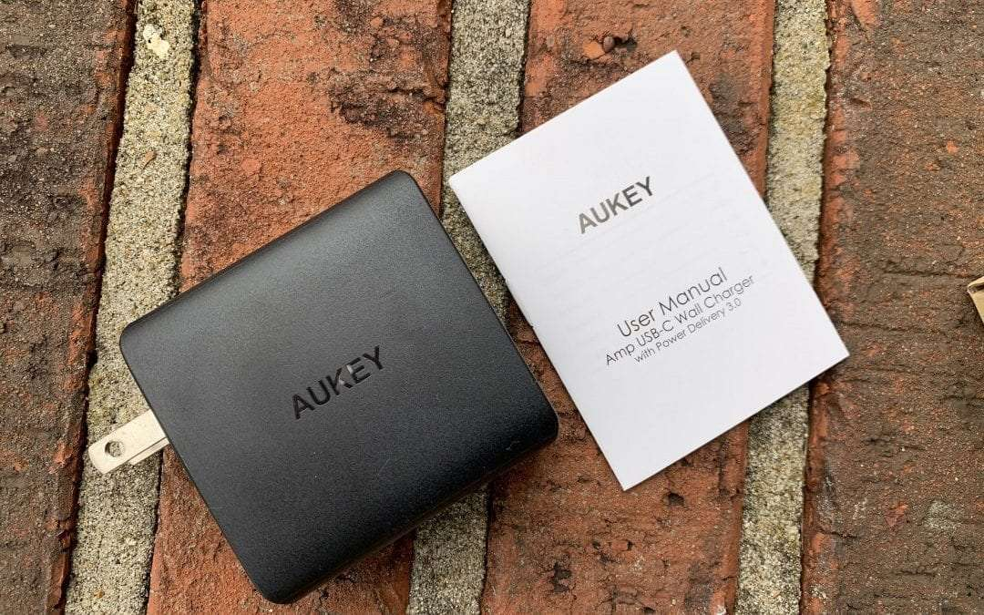 AUKEY AMP USB Wall Charger REVIEW 56.5 Watt Dual Port Charger